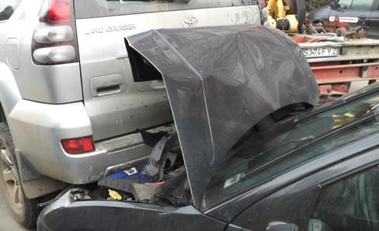accident în LANȚ pe strada Botizului