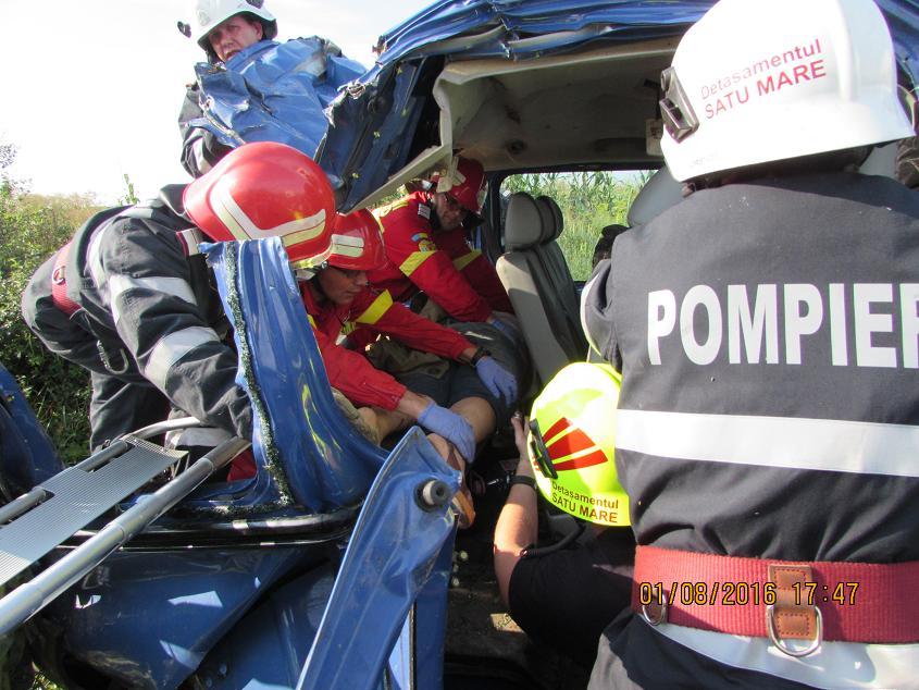 Un MORT și ȘASE persoane GRAV rănite la Satu Mare