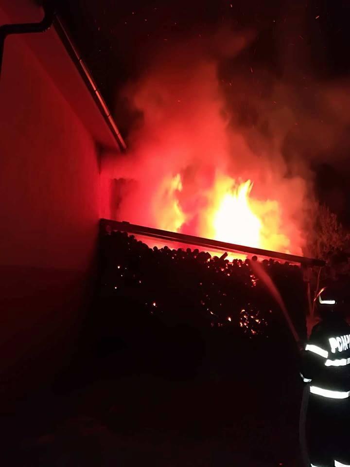 Incendiu de amploare în Țara Oașului