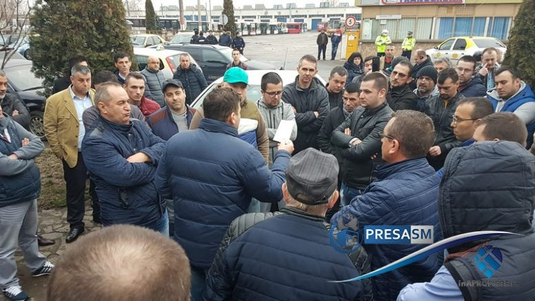 Protest Taximetristi: FOTO/VIDEO. Protest Fără Precedent Al Taximetriștilor în