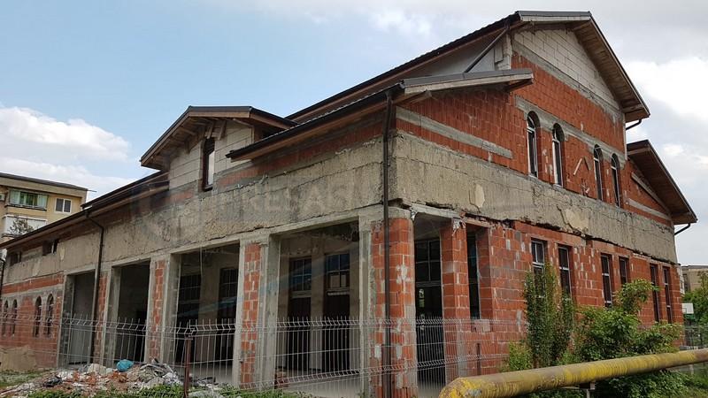 Povestea centralei termice transformate în biserică