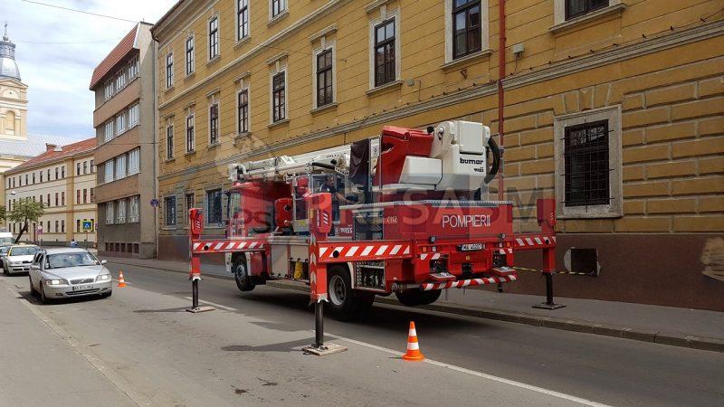 Intervenție a pompierilor pe strada Ștefan cel Mare