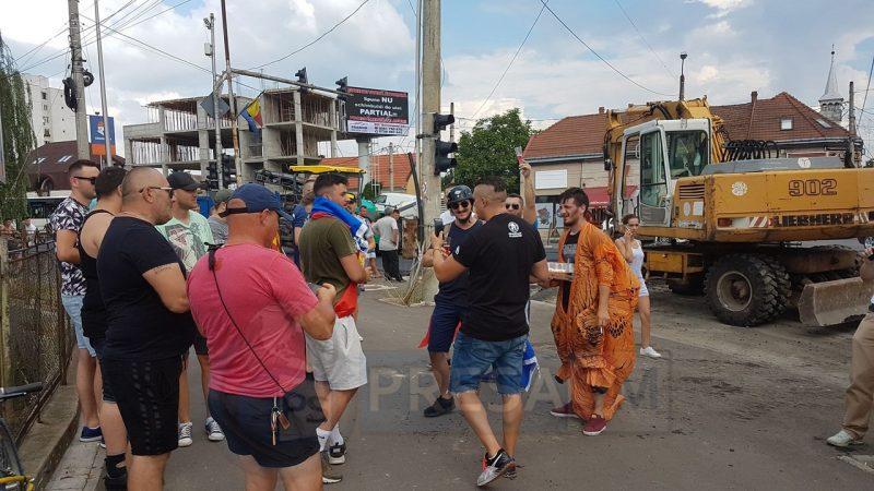 Protest inedit pe podul Decebal din Satu Mare
