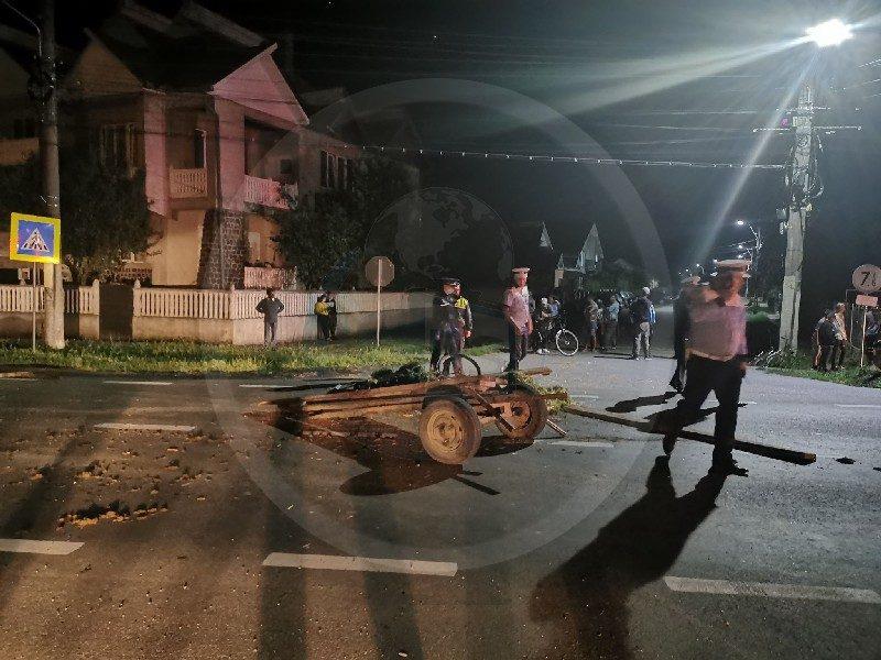 căruță lovită de mașină în Odoreu